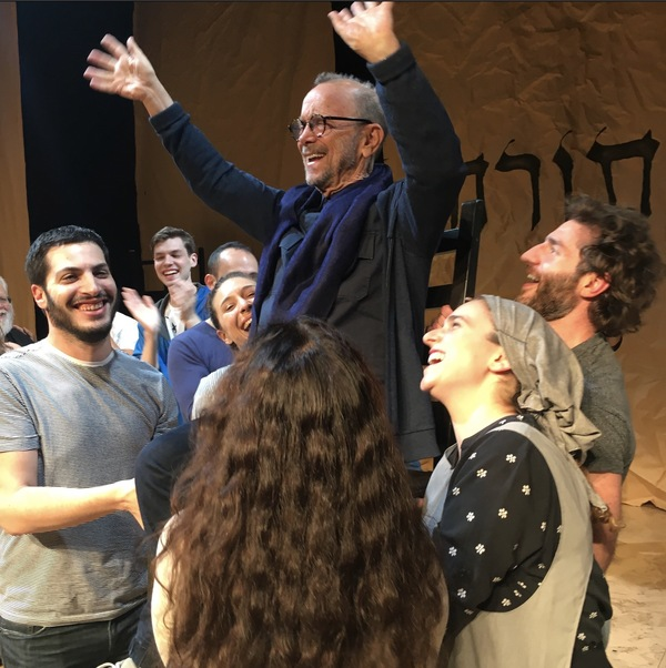 Photo Flash: Yiddish FIDDER ON THE ROOF Cast Hoists Joel Grey Into the Air to Celebrate 100 Sold Out Shows!