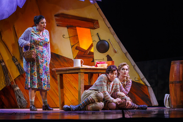 Photo Flash: Pittsburgh Opera Continues 80th Season With HANSEL & GRETEL