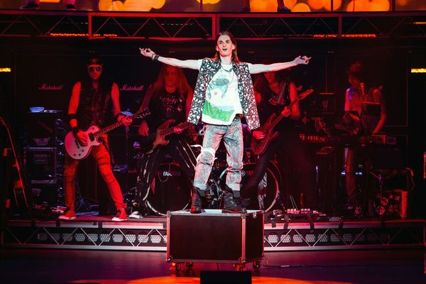 Photo Coverage: ROCK OF AGES Comes to Kravis On Broadway