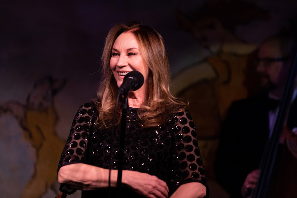 Photo Flash: John Pizzarelli & Jessica Molaskey Take the Stage at Café Carlyle
