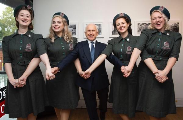 Photo Flash: Elaine Paige & Wayne Sleep Mark Royal Voluntary Service 80th Anniversary At London Event