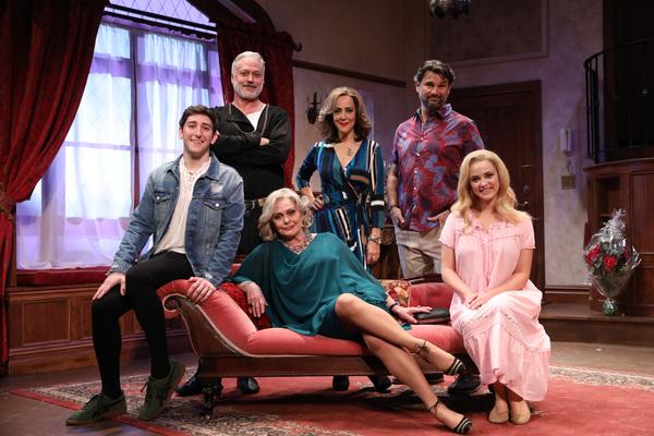 Photo Flash: Ben Fankhauser and Elizabeth Ashley Star In I HATE HAMLET at Bucks County Playhouse
