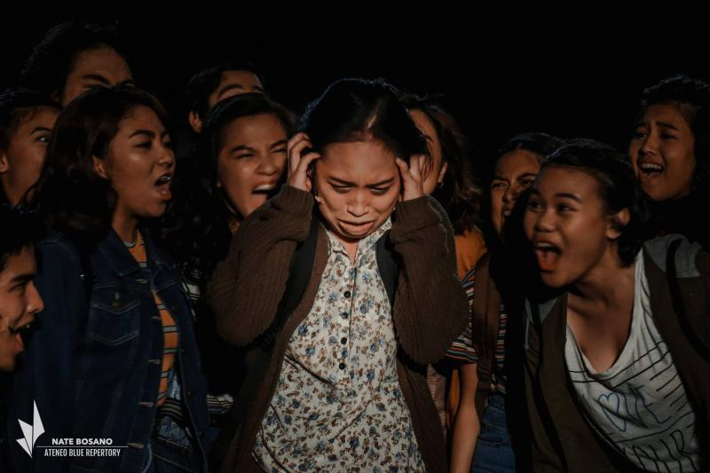 BWW Review: CARRIE, A Bedeviled Material Given Every Ounce of Emotional Commitment