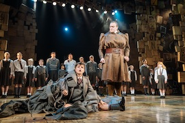 BWW Interview: Hayden Tee On Playing Miss Trunchbull in MATILDA THE MUSICAL