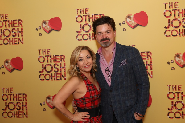 Jen Cody and Hunter Foster