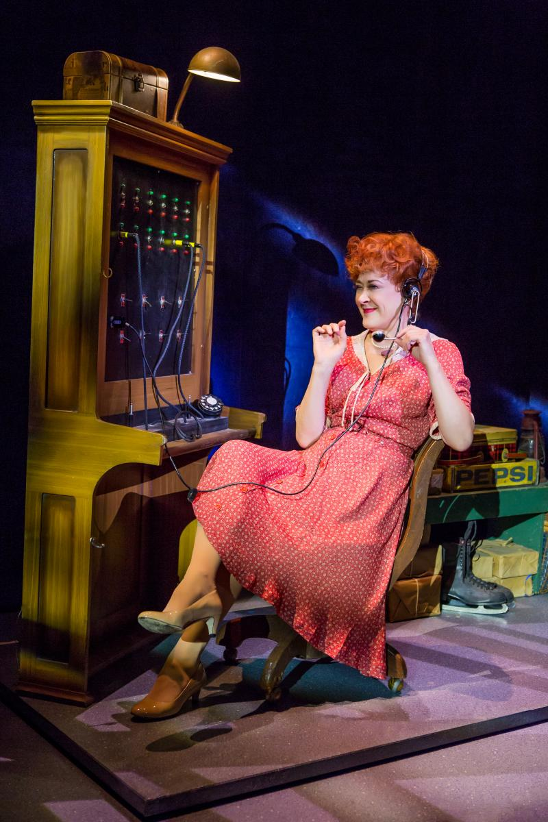 BWW Review: IRVING BERLIN'S WHITE CHRISTMAS Brings Musical Theater Joy to the Holiday Season