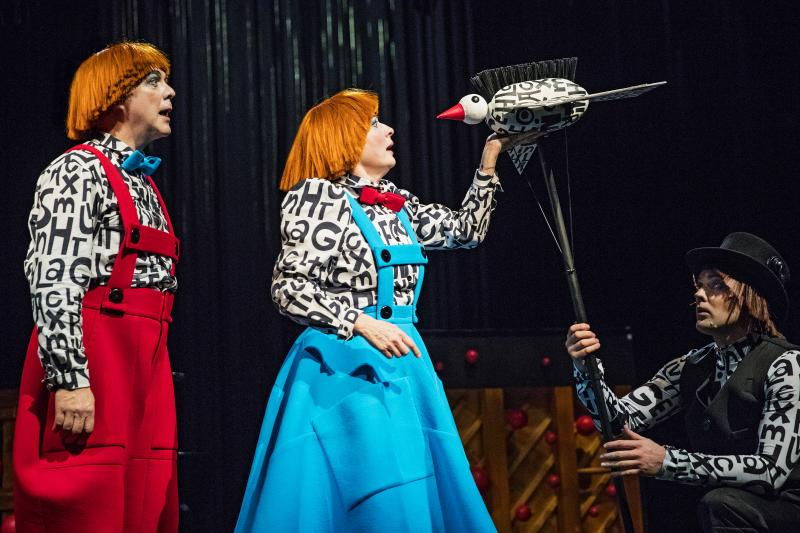 Review: Jovial HANSEL AND GRETEL at The Swedish Theatre Of Helsinki