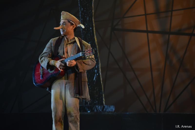 Review Roundup: Critics Weigh In On MULA SA BUWAN; Show Runs Now Thru 11/25