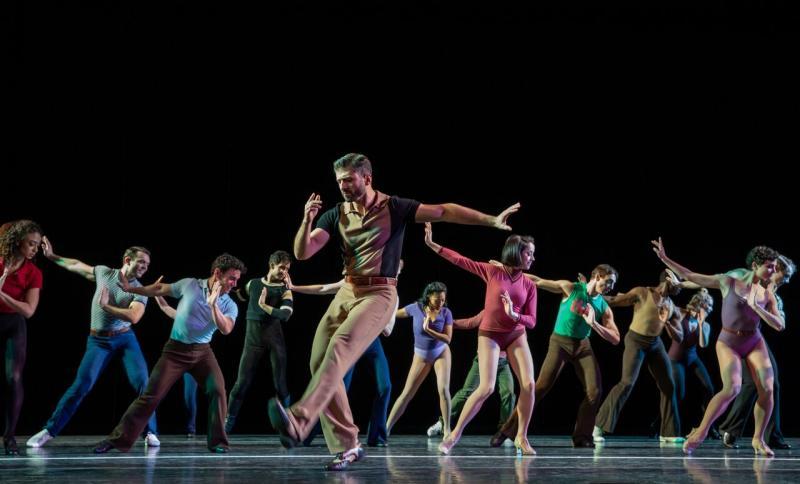 BWW Review: Tony Yazbeck, Robyn Hurder Bring a Thrilling Dynamic To New York City Center's A CHORUS LINE