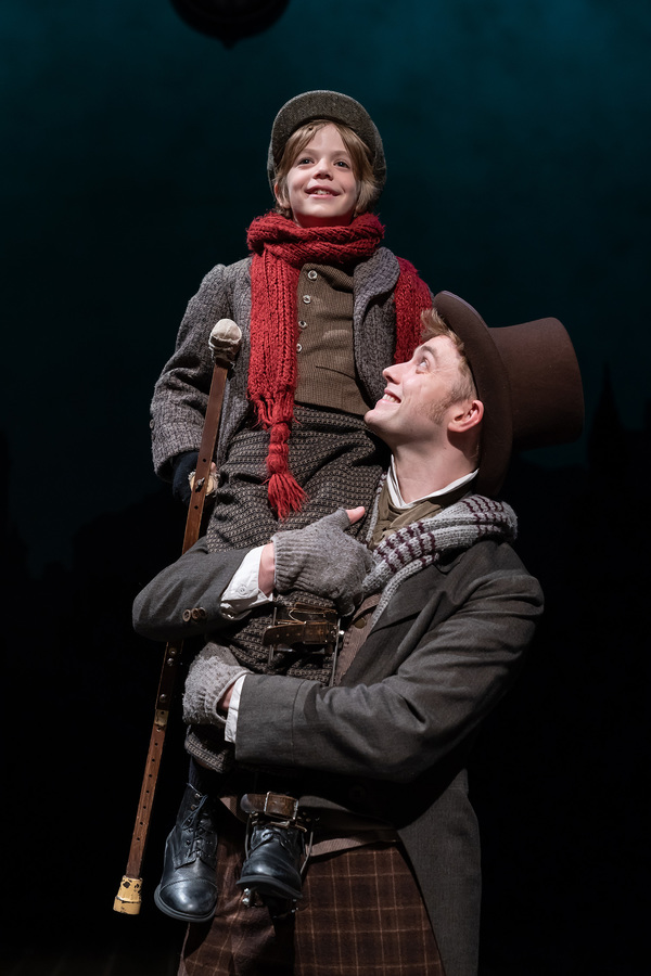 Photo Flash: A CHRISTMAS CAROL Returns to Ford's Theatre For The Holiday Season