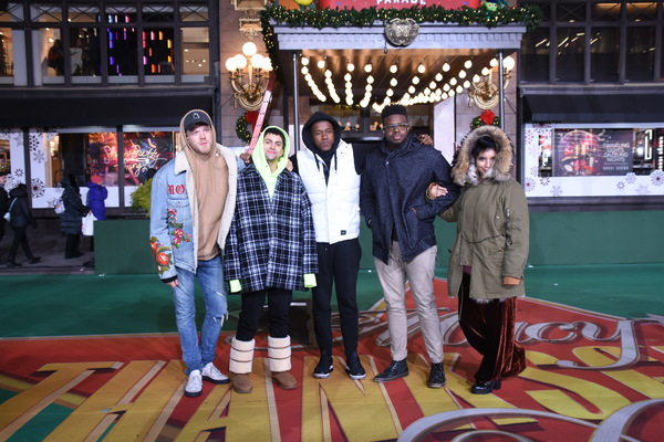 Scott Hoying, Mitch Grassi, Matt Sallee, Kevin Olusola and Kristin Maldonado Photo