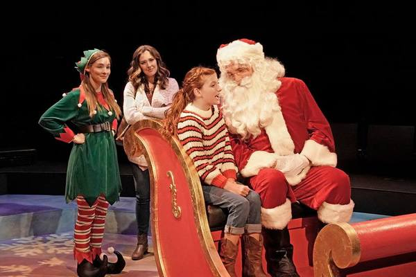 Photo Flash: First Look at LOOKING FOR CHRISTMAS at the Old Globe