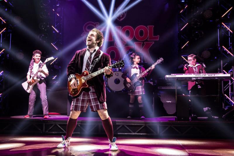 6204673992ebc2 BWW Interview  Justin Collette Talks Rocking Out Nightly Leading the Cast  of SCHOOL OF ROCK
