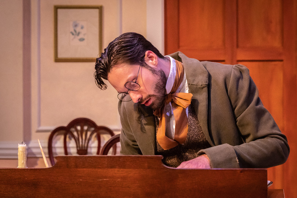 Photos: First Look at Theatrical Outfit's MISS BENNET