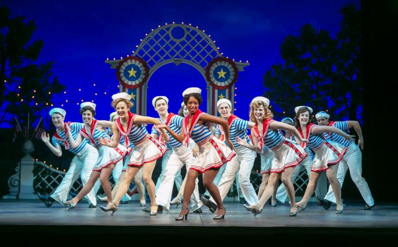 BWW Review:  IRVING BERLIN'S HOLIDAY INN at Paper Mill Playhouse Dazzles-A Must-See for this Season of Good Cheer