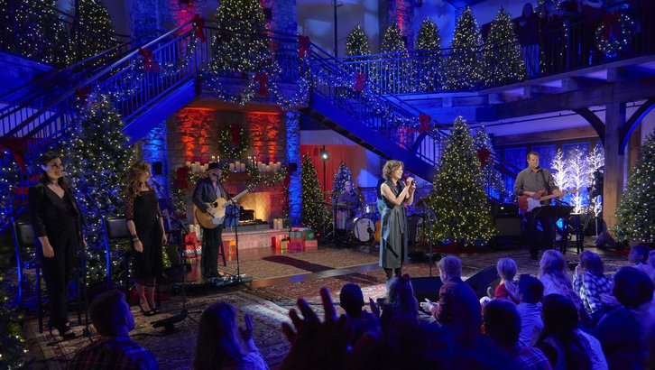 Christmas In Tennessee.Bww Interview Amy Grant On Her New Tennessee Christmas
