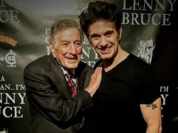 Photo Flash: Tony Bennett Stops In At I'M NOT A COMEDIAN...I'M LENNY BRUCE