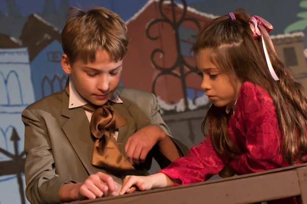 Photo Coverage: First look at Curtain Players' A CHRISTMAS CAROL