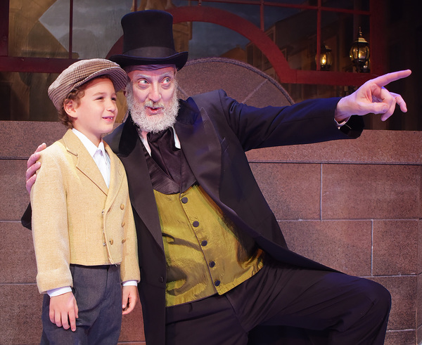 Photo Flash: Charles Dickens' A CHRISTMAS CAROL Takes The Beef & Boards Stage