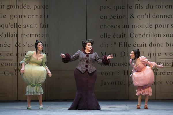 Photo Flash: TheLyric Opera of Chicago Presents CENDRILLION