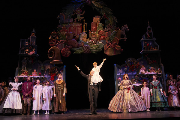 Photo Flash: First Look at Great Lakes Theater's A CHRISTMAS CAROL