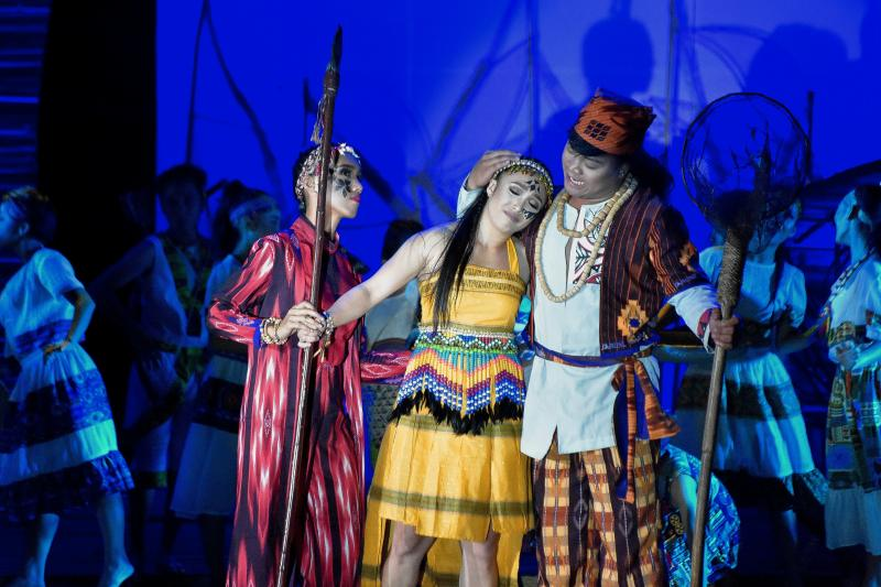Photos: Take A First Look at the World Premiere of NIA AND ANWAR AND THE WHALE SHARK TALE
