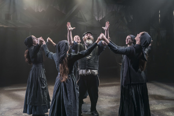 Review Roundup: Critics Weigh In On Menier Chocolate Factory's Revival Of FIDDLER ON THE ROOF