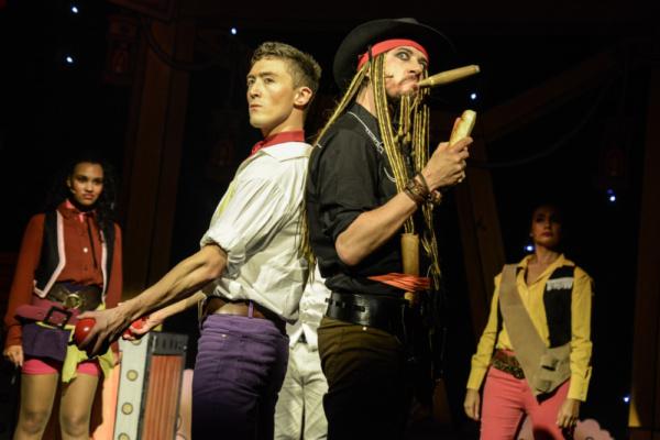 Michaela Bennison, Matt Jolly, Anthony Spargo and Arabella Rodrigo in Robinson Crusoe, Greenwich Theatre, Photo credit Robert Day