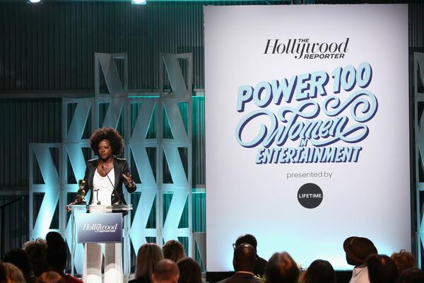 Viola Davis accepts the Sherry Lansing Leadership Award