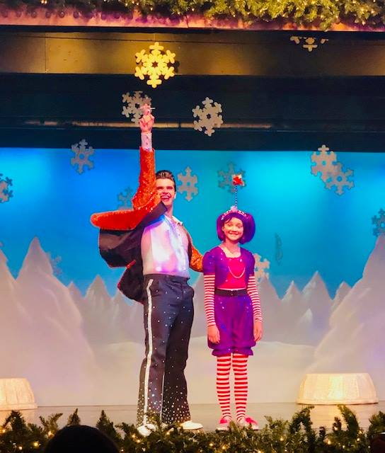 BWW Review: GIFT YOURSELF THIS ORIGINAL ENCHANTING HOLIDAY MUSICAL AT Show Palace Dinner Theatre