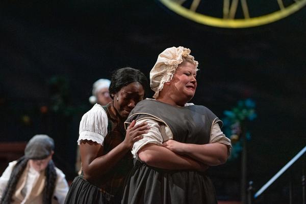 Photo Flash: Virginia Stage Company Presents A CHRISTMAS CAROL