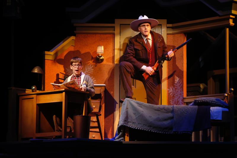 BWW Review: A CHRISTMAS STORY Relishes and Reveres Holidays of Old