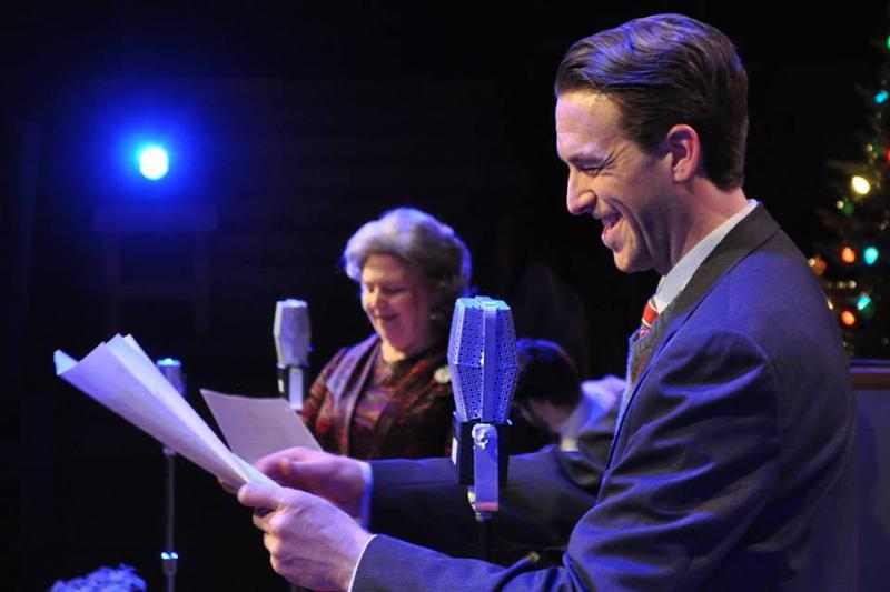 BWW Review: IT'S A WONDERFUL LIFE: A LIVE RADIO PLAY at Metropolitan Ensemble Theatre At The Warwick