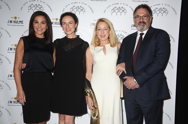Barbara Manocherian, Johanna Pfaelzer, Patricia Wettig, and Ken Olin