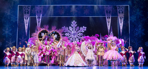 Photo Flash: First Look at SNOW WHITE at the London Palladium
