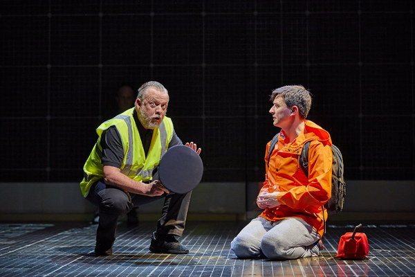 THE CURIOUS INCIDENT OF THE DOG IN THE NIGHT_TIMEPiccadilly Theatre LondonAcRoyal National Theatre London Production_R022482