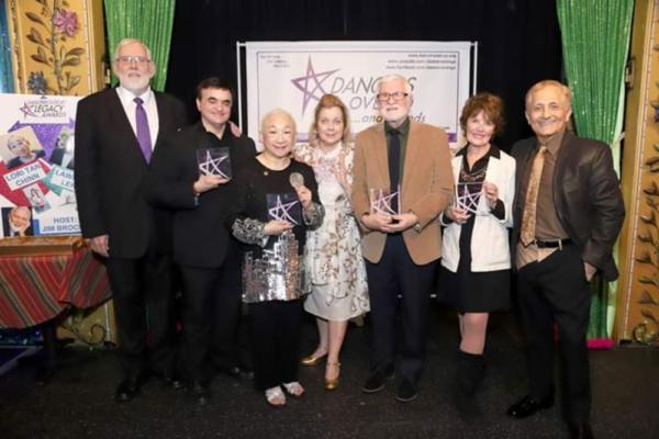 Host Jim Brochu with DO40 Legacy Award Honorees Lawrence Leritz, Lori Tan Chinn, Virginia Seidel, Larry Ross, Sharon Wendrow, DO40 president John Sefakis