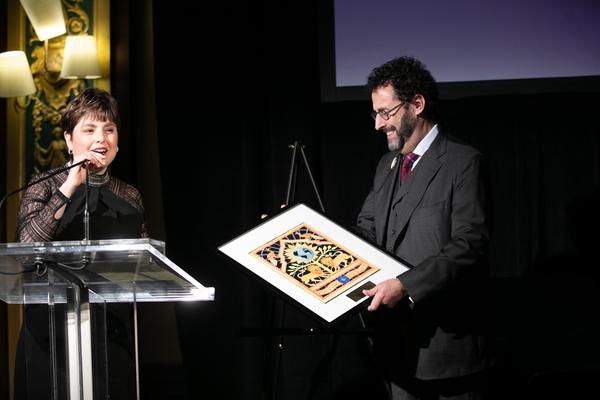 Photo Flash: The Workmen's Circle Honors Pulitzer Prize- and Tony Award-Winning Playwright and Screenwriter Tony Kushner