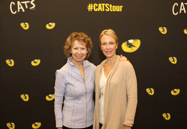 Photo Coverage: CATS National Tour Gets Ready to Pounce on Providence!
