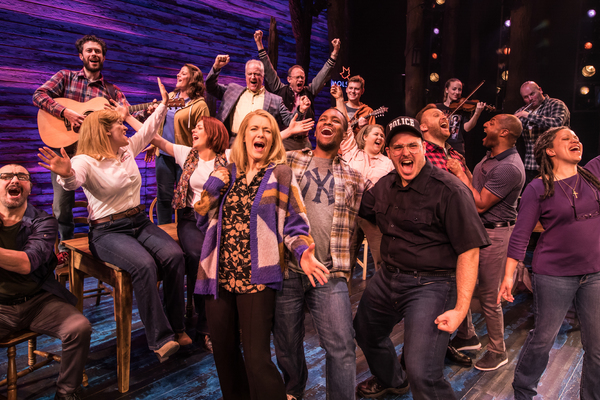 Photo Flash: First Look at Rachel Tucker and the UK Cast of COME FROM AWAY