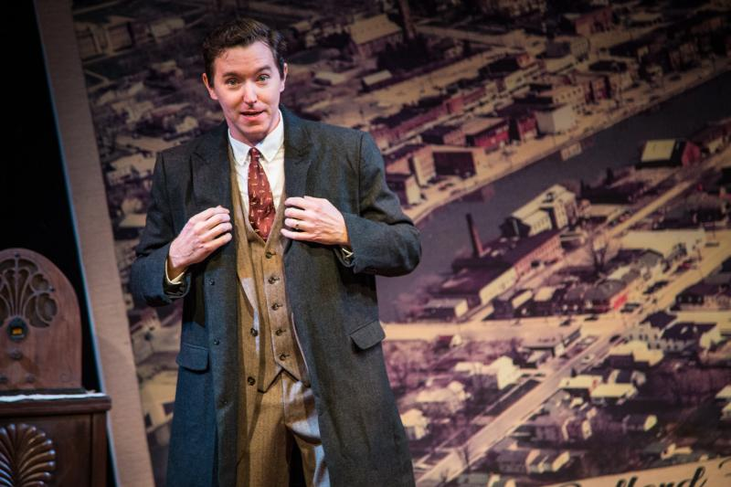BWW Review: Aurora Theatre's Jeremy Aggers Begins a New Holiday Tradition with THIS WONDERFUL LIFE