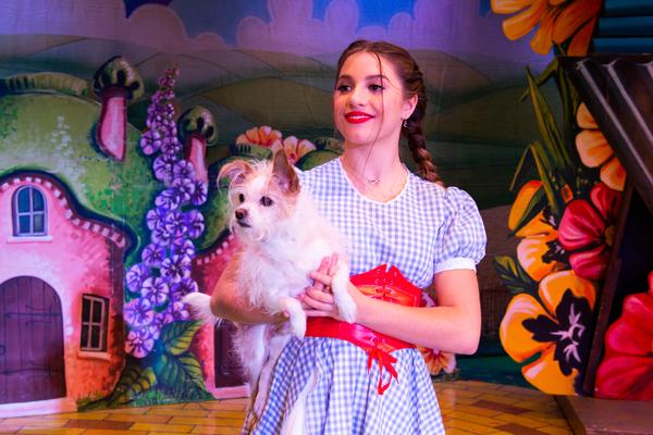 Mackenzie Ziegler, Pickle C. Irwin Photo