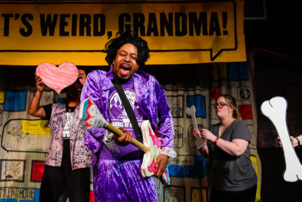 Photos: Barrel Of Monkeys' THAT'S WEIRD, GRANDMA: Star-Studded Stories Runs Jan 20 - Feb 17 At Neo-Futurist Theater