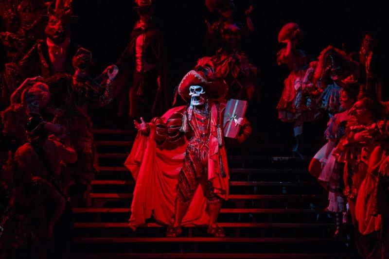 Jay Armstrong Johnson Of Broadway's THE PHANTOM OF THE OPERA Takes Over Instagram Tomorrow!