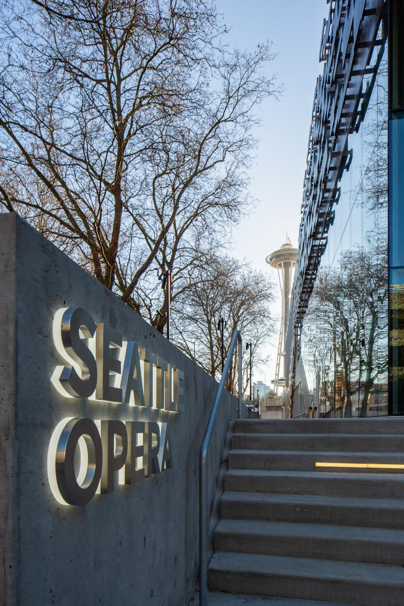 BWW Review: Seattle Opera Celebrates New Civic Home