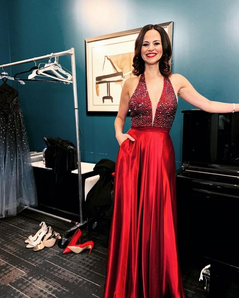 VIDEO: Mandy Gonzalez Sings 'All I Want For Christmas is You' With The Philly POPS