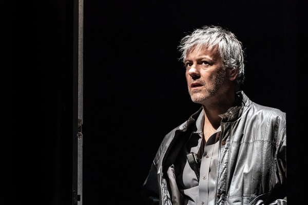 Rupert Graves Photo