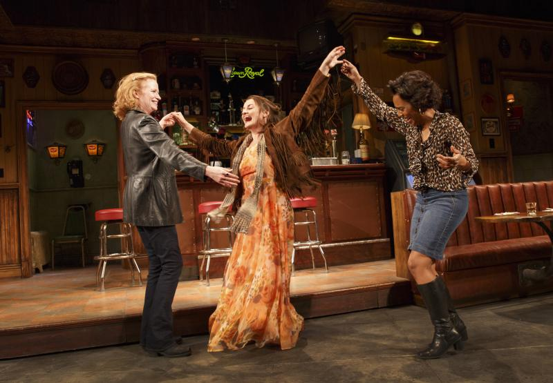 Wake Up With BWW 1/3: The Public's UNDER THE RADAR FESTIVAL and More!