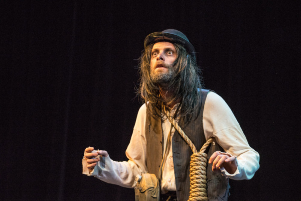 Photo Flash: First Look At WAITING FOR GODOT In Yiddish At The 14th Street Y