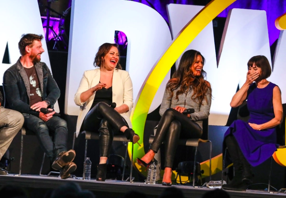 Wake Up With BWW 1/14: Three Days of BroadwayCon Coverage, and More!
